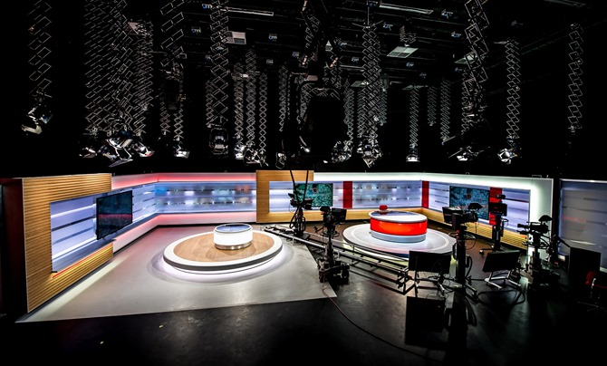 Newly_HD-equipped_production_studio_at_TV2_FYN_in_Odense